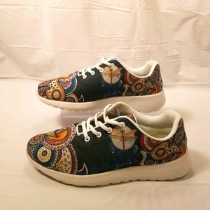 Yes We Vibe Dragon Fly sneakers size 7